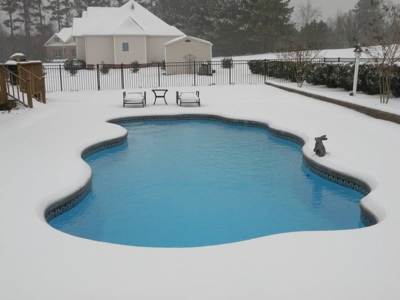 Cautions For Winter Swimming Pool Installation